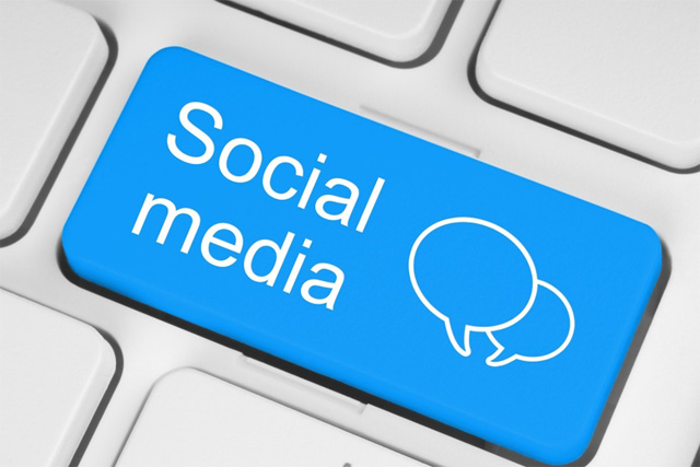 Sosyal medya uzmanı kimdir?